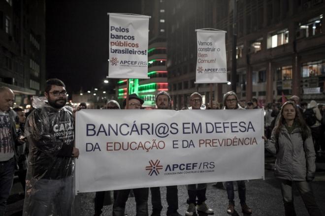 APCEF/RS nos protestos de maio